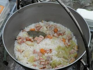 ダッチオーブン料理6.JPG